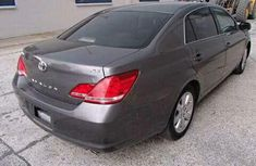Clean and sound direct tokunbo 2006 Toyota Avalon for sales