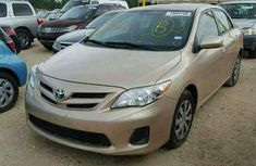Clean and sound direct tokunbo 2004 Toyota Corolla for sale