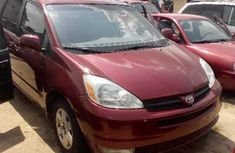 Toyota Sienna for sale 2004