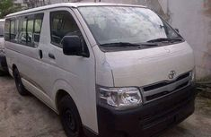 Toyota HiAce bus 2014 for sale