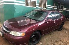 Almost brand new Nissan Altima Petrol 2000