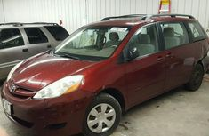TOYOTA SIENNA CE 2011 FOR SALE