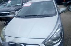 Clean Hyundai Accent 2011 Silver