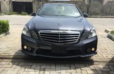 Mercedes-Benz E350 2010 Gray