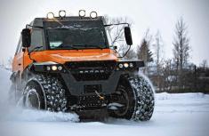 Avtoros Shaman 8WD all-terrain monster deserves its name