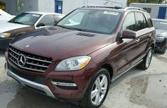 Foreign direct tokunbo 2010 Mercedes Benz Ml350 for sales