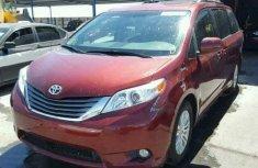 Toyota Highlander for sale 2012
