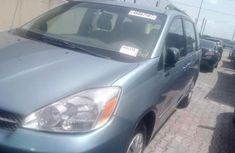 Almost brand new Toyota Sienna Petrol 2004