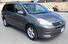 Toyota Sienna 2005 ₦1,400,000 for sale