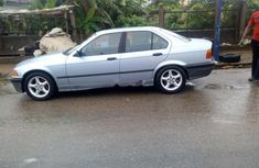 2000 BMW 2000 Automatic Petrol well maintained