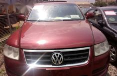 Volkswagen Touareg 2005 Red for sale