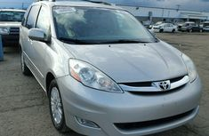 Direct tokonbo Toyota Sienna 2012 FOR SALE