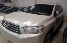 Toyota Highlander 2008 White for sale