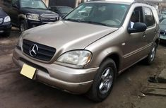 Almost brand new Mercedes-Benz ML 320 Petrol 2001