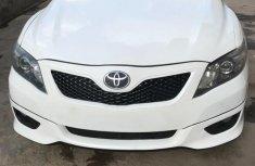Toyota Camry SE 2011 White