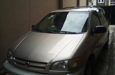 Toyota Sienna 2002 Gold for sale