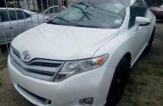 Toyota Venza 2010 White for sale
