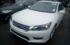 Honda Accord V6 2013 White
