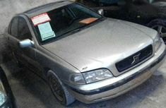 Clean Volvo S40 1998 Silver for sale