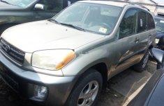 Almost brand new Honda CR-V Petrol 2004