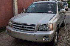 Well Kept Toyota Highlander 200 for sale
