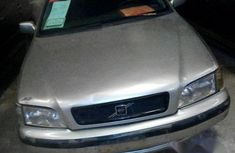 Clean Volvo S40 1999 Silver for sale