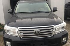Clean Toyota Land Cruiser 2014 Black