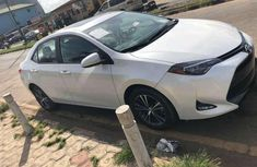 2017 Toyota Camry Automatic Petrol well maintained for sale