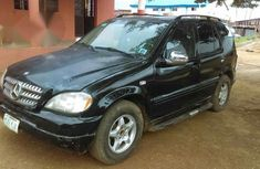 Mercedes Benz ML320 1999 Black