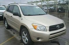 Toyota RAV4 2001 in good condition for sale