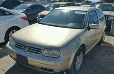 Well kept 2004 Volkswagen Golf for sale