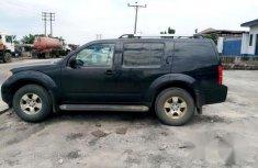 Clean Nissan Pathfinder 2005 Black