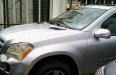 A Neatly Used Mercedes Benz GL450 2007 Silver For Sale