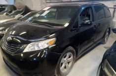 Toyota Sienna 2011 Black for sale