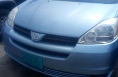 Clean Toyota Sienna 2005 Blue For Sale