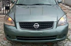 Nissan Altima 2005 Green for sale