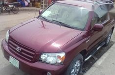 Toyota Highlander 2004 Red for sale