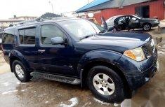 Nissan Pathfinder 2006 Blue