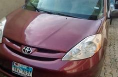 2009 Toyota Sienna Automatic Petrol well maintained
