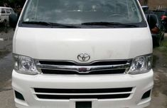 2010 Toyota Hiace bus for sale