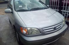 2002 Toyota Sienna Automatic Petrol well maintained