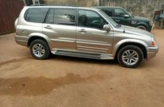 Suzuki XL-7 2004 in good condititon for sale
