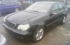 Almost brand new Mercedes-Benz C240 Petrol 2002