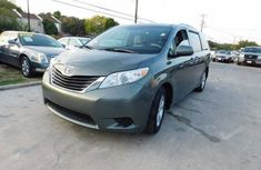 Toyota Sienna 2013 For Sale