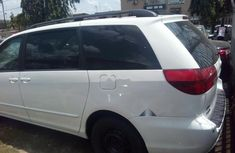 Toyota Sienna 2004 ₦2,100,000 for sale