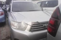 2010 Toyota Highlander Automatic Petrol well maintained