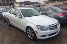 2009 Mercedes-Benz C300 Automatic Petrol well maintained