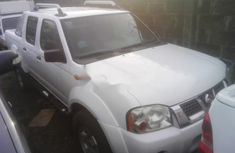 Nissan Frontier 2012 Petrol Manual White for sale