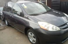 Toyota Sienna 2007 Gray for sale