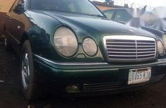 Clean Mercedes-benz E220 2004 for sale